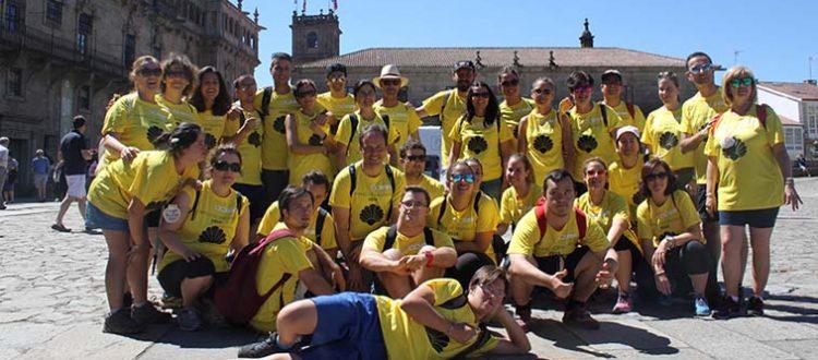 Grupo de peregrinos de Down Madrid en el camino de santiago